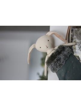 Doudou Ange Lapin dans sa chaussette de Noël bleue